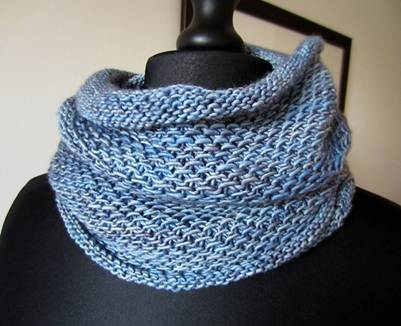 Our Vice-President, Rose Orcutt, was the winner of this beautiful handmade cowl last year!
